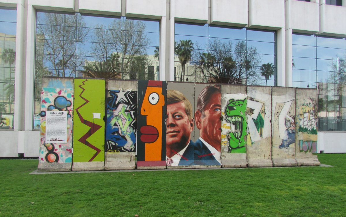 Los Angeles. 10 pieces of the Berlin Wall on Wilshire Boulevard.